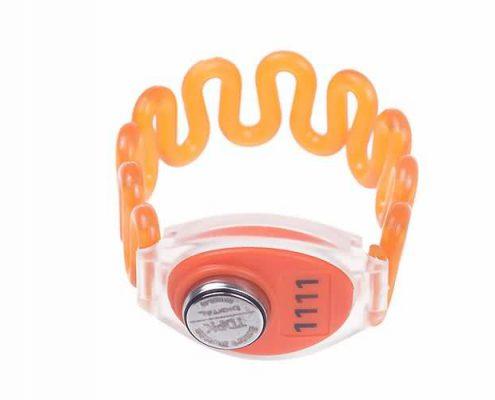 RFID plastic wristband SJ003