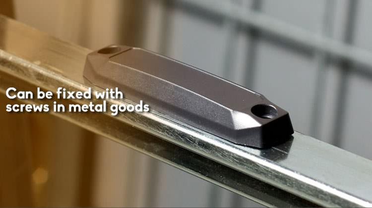 anti metal tag application1